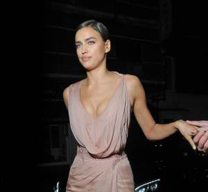 Irina Shayk : une culotte qui réchauffe le Harper's Bazaar