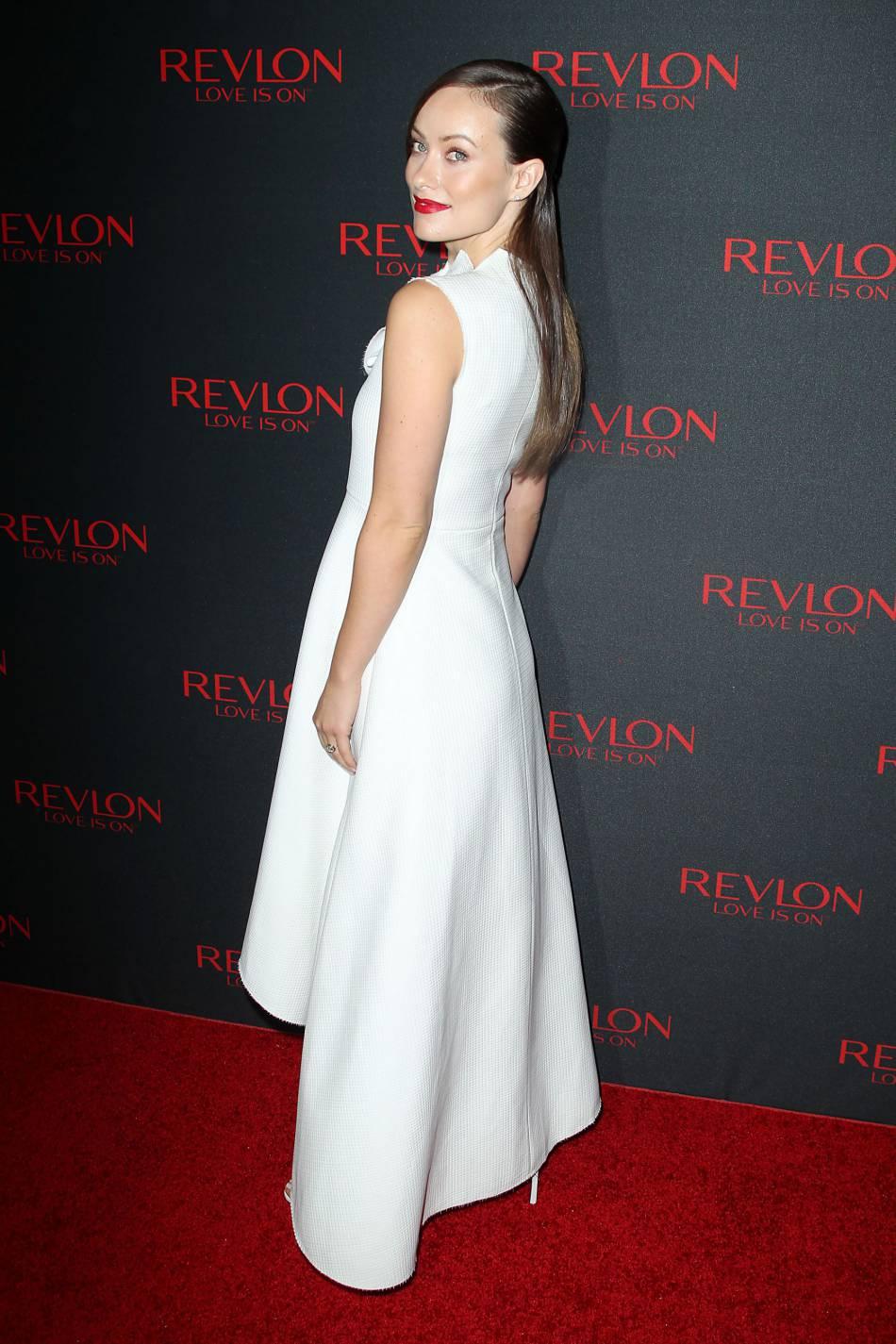 Olivia Wilde, superbe ambassadrice de la marque de cosmétiques américaine.