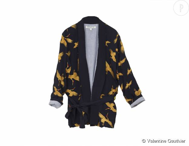 """Veste kimono """"Castletown"""" Valentine Gauthier en crèpe de viscose brodé, doublure en coton, 330€."""