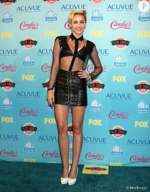 Miley Cyrus aux Teen Choice Awards 2013.