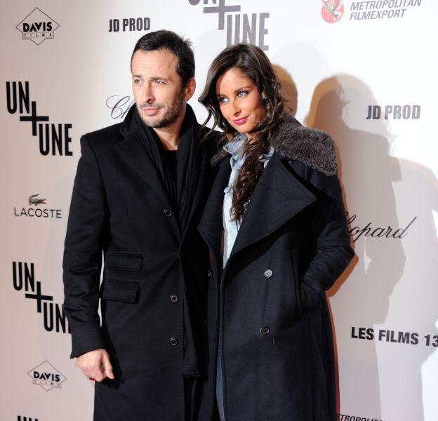 Malika Ménard et Michaël Cohen, amoureux sur le tapis rouge du cinéma UGC Normandie à Paris, le 23 novembre 2015.