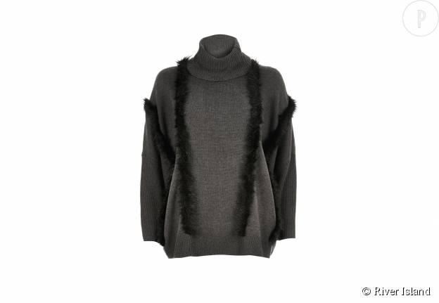 Pull en laine mélangée et fausse fourrure River Island, 65€.