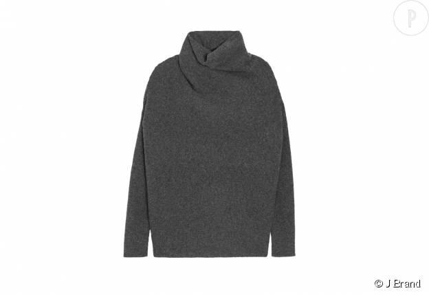 Pull en laine J Brand, 461,09€.