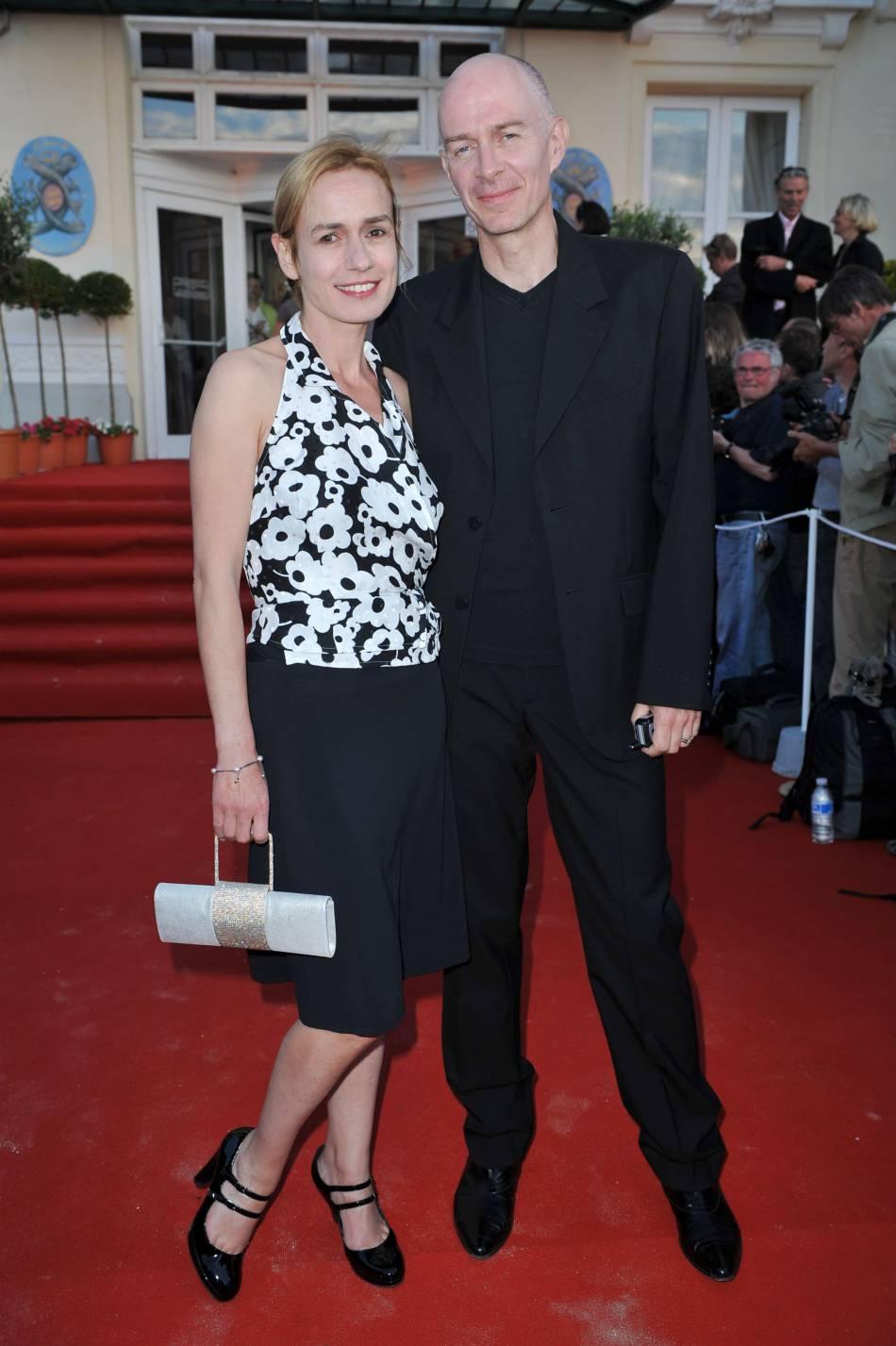 Sandrine Bonnaire et son bientôt ex-mari Guillaume Laurant, en 2009, lors du Festival du film romantique de Cabourg.