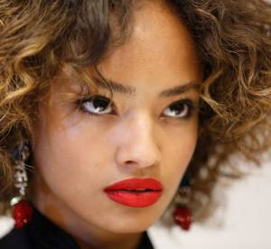 Maquillage : du rouge à lèvres en anticerne, pure folie ou coup de génie ?