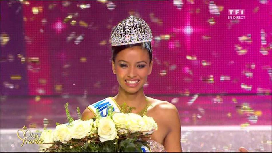 Flora Coquerel, Miss France 2014 en lice pour remporter la couronne de Miss Univers 2015.