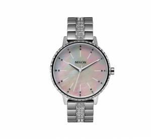 Nixon, Guess, DKNY... 12 montres brillantes