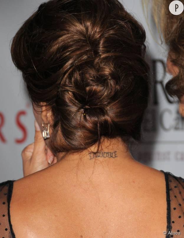"""Eva Longoria s'était fait tatouer """"Nine"""" sur la nuque en hommage à Tony Parker."""