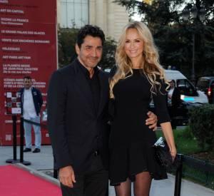 Adriana Karembeu et son mari Aram, couple glamour qui s'affiche sur les red carpets.