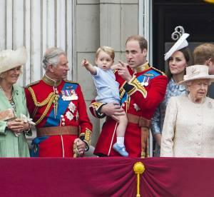 Kate Middleton : bisou sous le gui avec William et selfie avec la reine...
