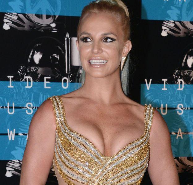 Britney Spears a retrouvé un corps musclés comme à ses débuts, quelle bombe !