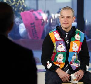 """Les """"Ugly Christmas Sweaters"""" des stars : attention, pulls très moches !"""