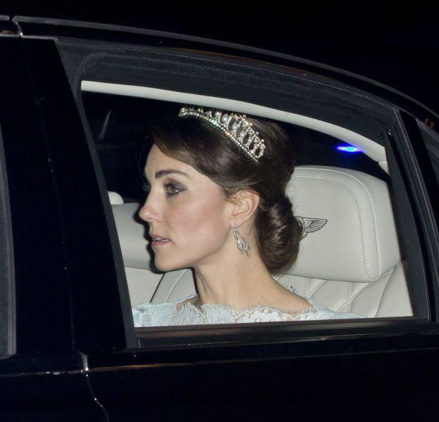 Kate Middleton portait hier soir le diadème préféré de Lady Diana.