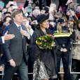 Maxima et Willem-Alexander, un couple royal qui a la cote : une foule est venue les applaudir à Berg-op-Zoom.