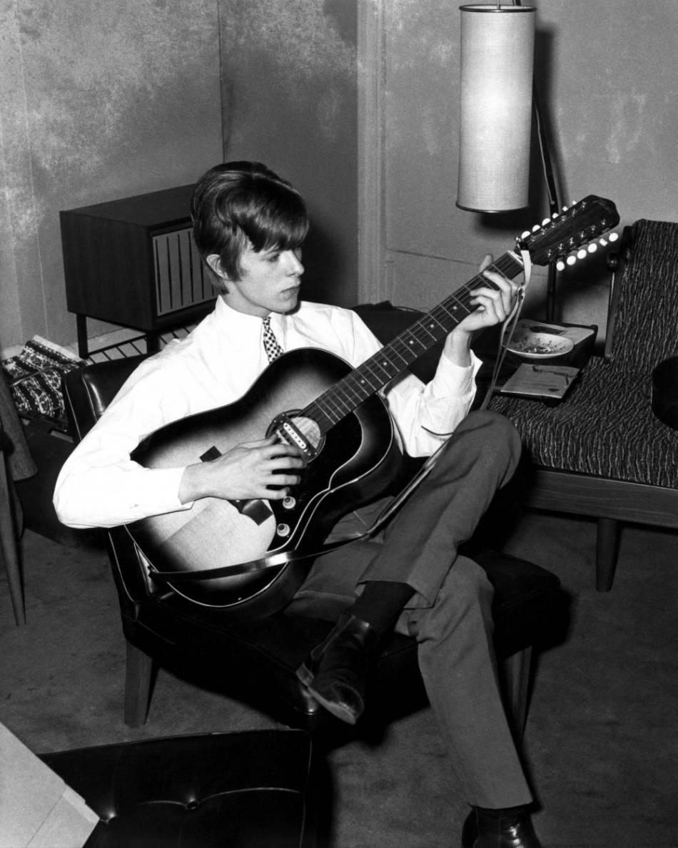 """David Bowie aussi a avoué avoir été """"amoureux"""" de Françoise."""