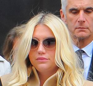 Kesha : la chanteuse arrive au tribunal soutenue par ses fans