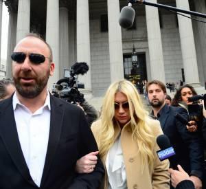 La chanteuse s'est rendue au tribunal pour le procès qui l'oppose à Sony.