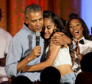 Barack Obama souhaite un joyeux anniversaire à sa fille Malia.