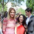 La carrière de blogueuse de Caroline Receveur lui permet d'assister aux grands rendez-vous mode, comme ici, le défilé Dior Hommes Printemps-Eté 2016/2017.