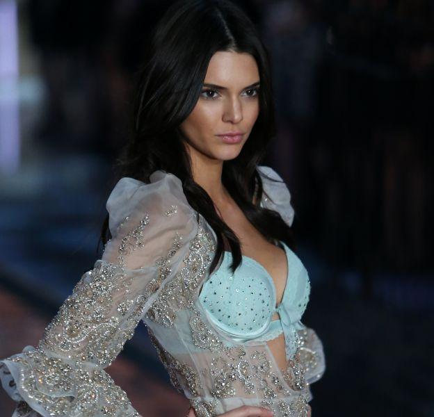 Kendall Jenner, de plus en plus sexy sur la Toile.