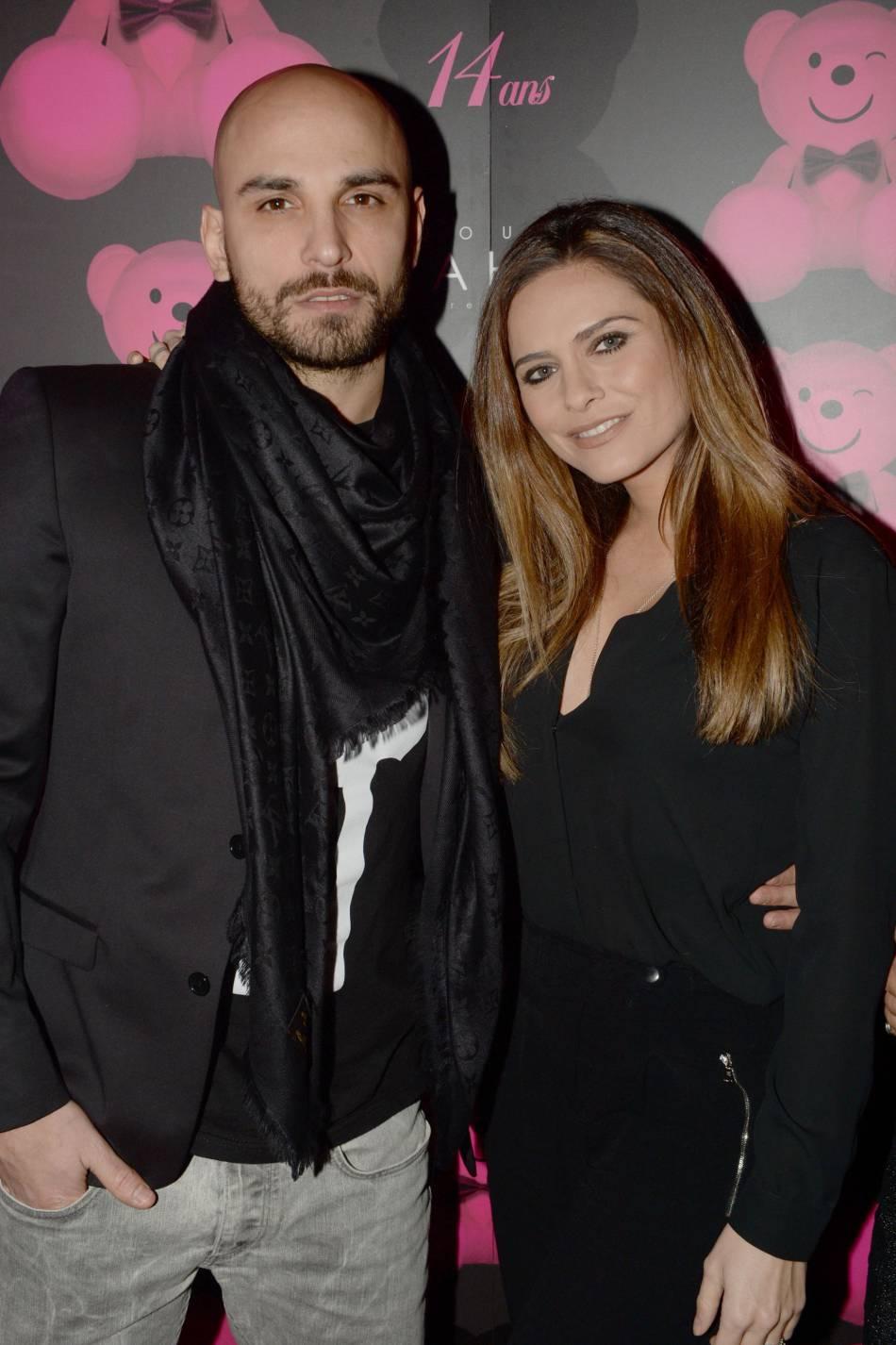 Clara Morgane et son mari, Jérémy Olivier, profitent de leurs vacances en Corse.