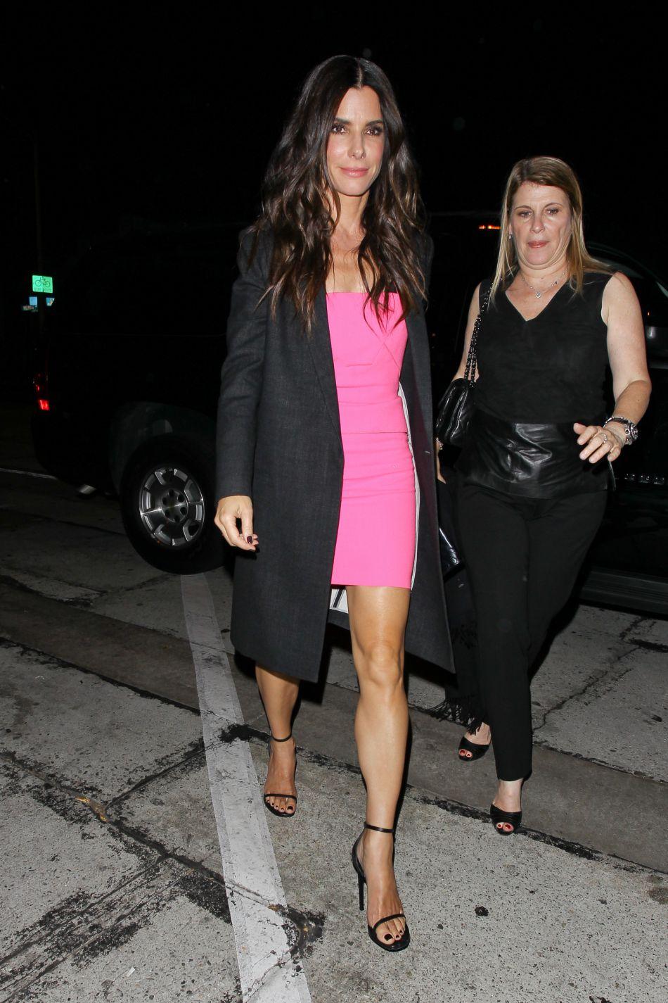 Juin 2014 : élue femme la plus sexy à la cérémonie Guy'sCchoice Awards, elle mise tout sur une robe bustier rose. Qui a dit que le 1er degré n'était pas sexy ?