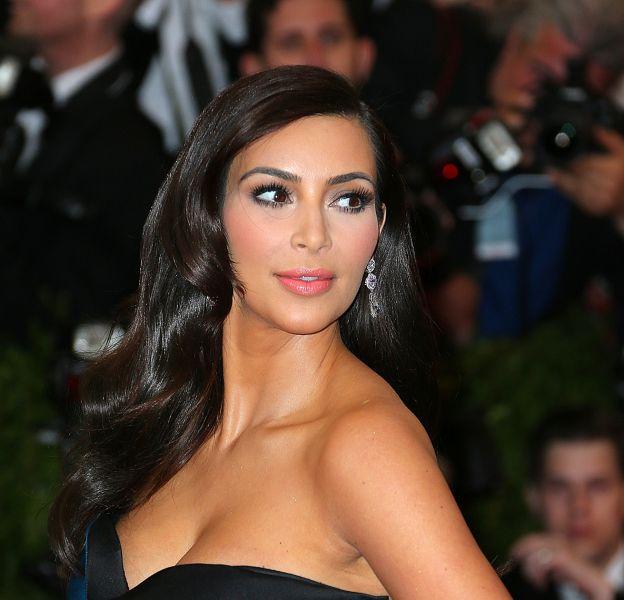 Kim Kardashian lors du MET Gala 2015. La bimbo est devenue une star.