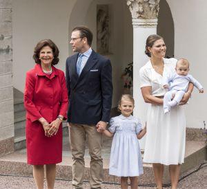 Victoria de Suède, une apparition chic en famille.