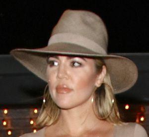Khloe Kardashian : l'incendiaire bimbo sort à nouveau sans soutien-gorge