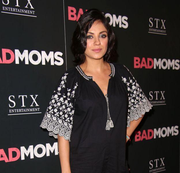 """Mila Kunis à la première de """"Bad moms"""" à New York le 18 juillet 2016."""