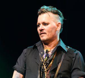 Johnny Depp : nouveau look pour son premier tapis rouge en tant que célibataire
