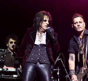 """Il est monté sur scène avec son groupe """"The Hollywood Vampires""""."""