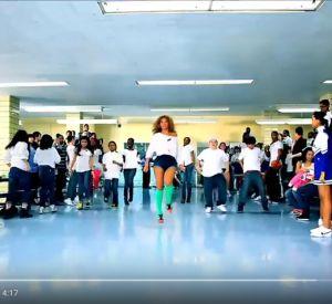 """Le clip de la campagne lancée par Michelle Obama """"Let's Move"""" contre l'obésité."""