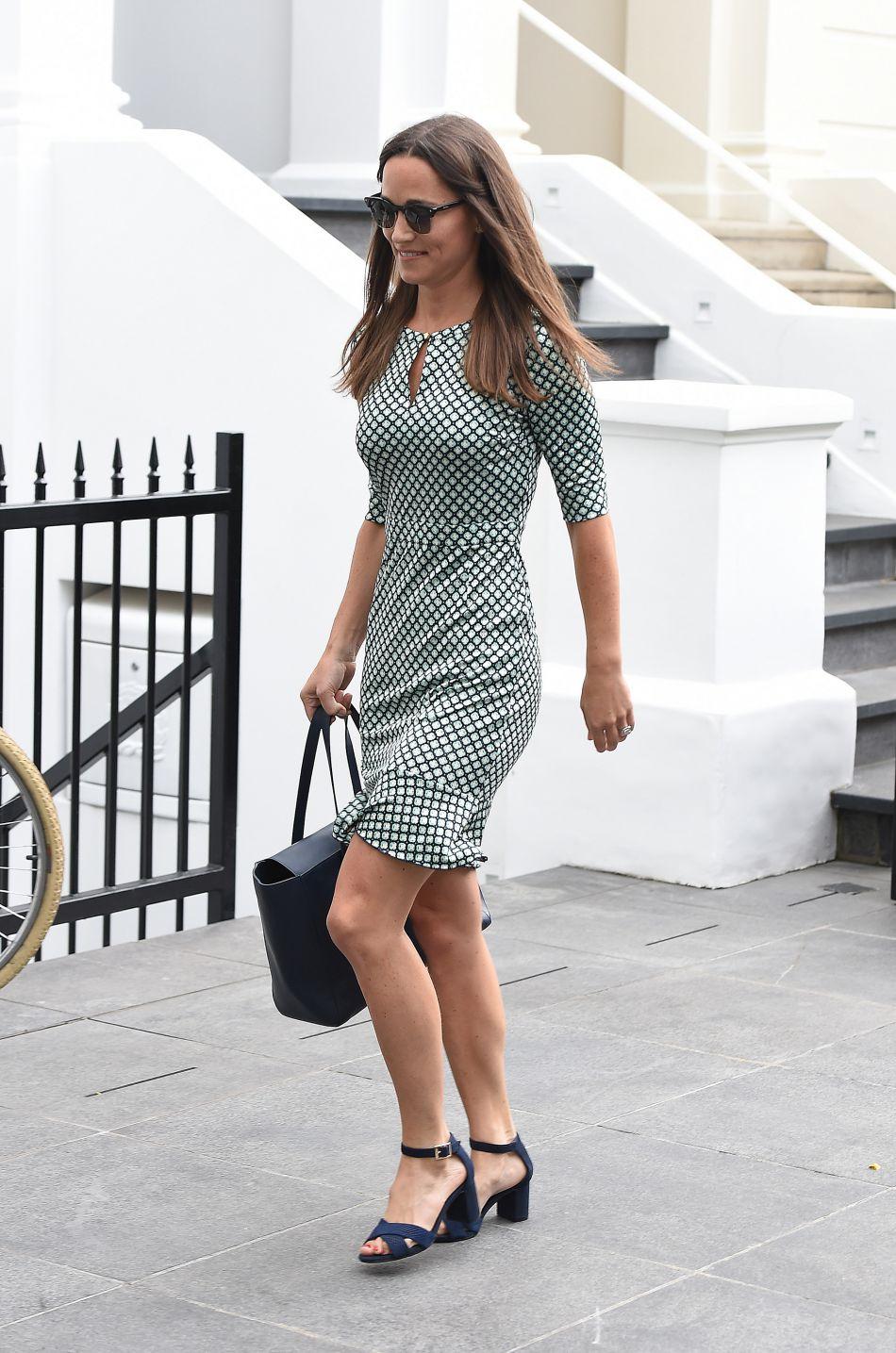 Pippa Middleton a une silhouette de rêve, pas même sa bague hors de prix ne peut détourner notre attention !
