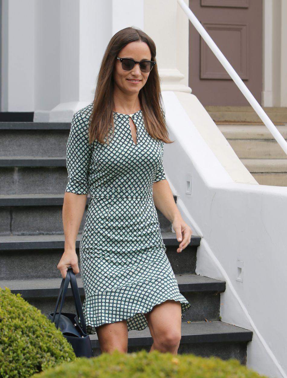 La soeur de Kate Middleton est une fiancée radieuse.