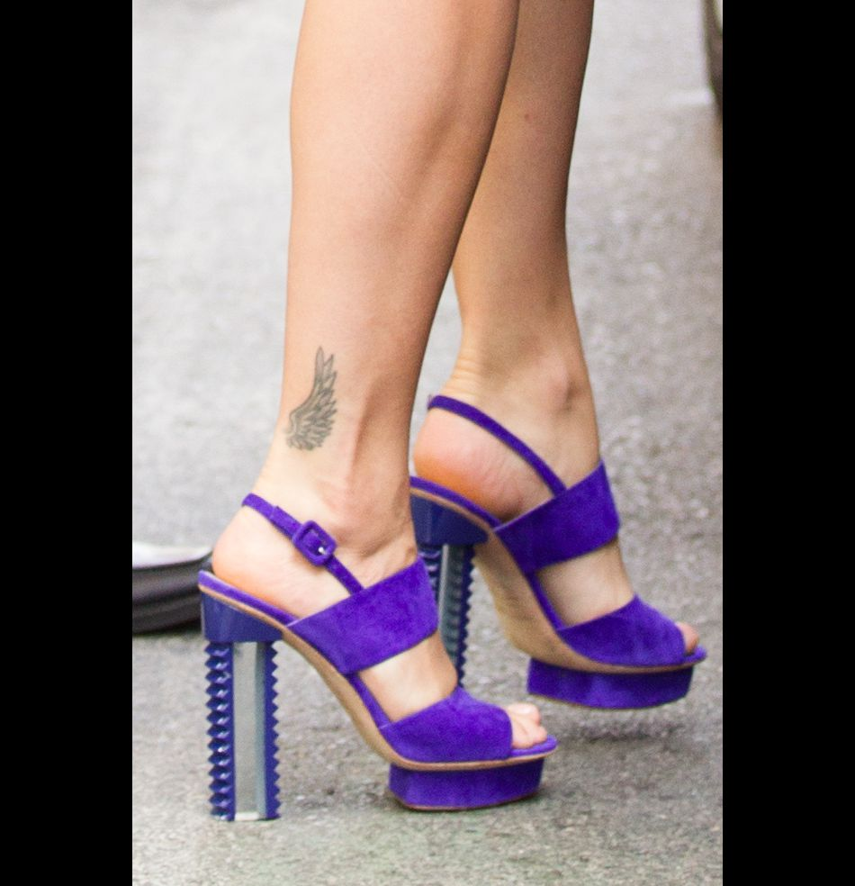 Emission de mode oblige, Rita Ora se doit d'avoir un style impeccable.