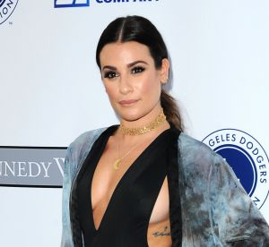 Lea Michele : alerte side boobs sur le tapis rouge, l'actrice en montre beaucoup