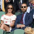 Pippa Middleton a gravi le Cervin avec son frère James Middleton.
