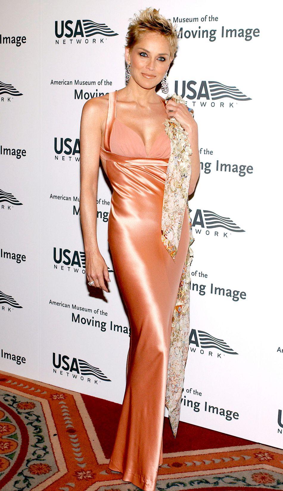 Sharon Stone : la quinquagénaire s'affiche en petit bikini sur Instagram.