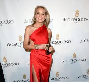 Sharon Stone pose sans maquillage sur les réseaux sociaux.