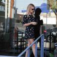 Corps de rêve oblige, Rosie Huntington-Whiteley élance ses longues et fines jambes à LA.
