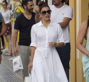 49ccbe37a66 Cette robe chemise est notre coup de coeur du dressing de 2016 d Eva  Longoria