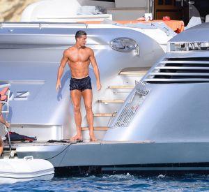 Cristiano Ronaldo aime son corps et le montre.