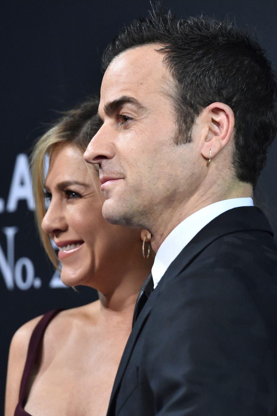 Justin Theroux aurait rendu sa compagne furieuse en n'organisant aucune surprise pour leur première anniversaire de mariage.