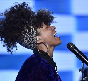 Alicia Keys en couverture de Grazzia : Superwoman des temps modernes