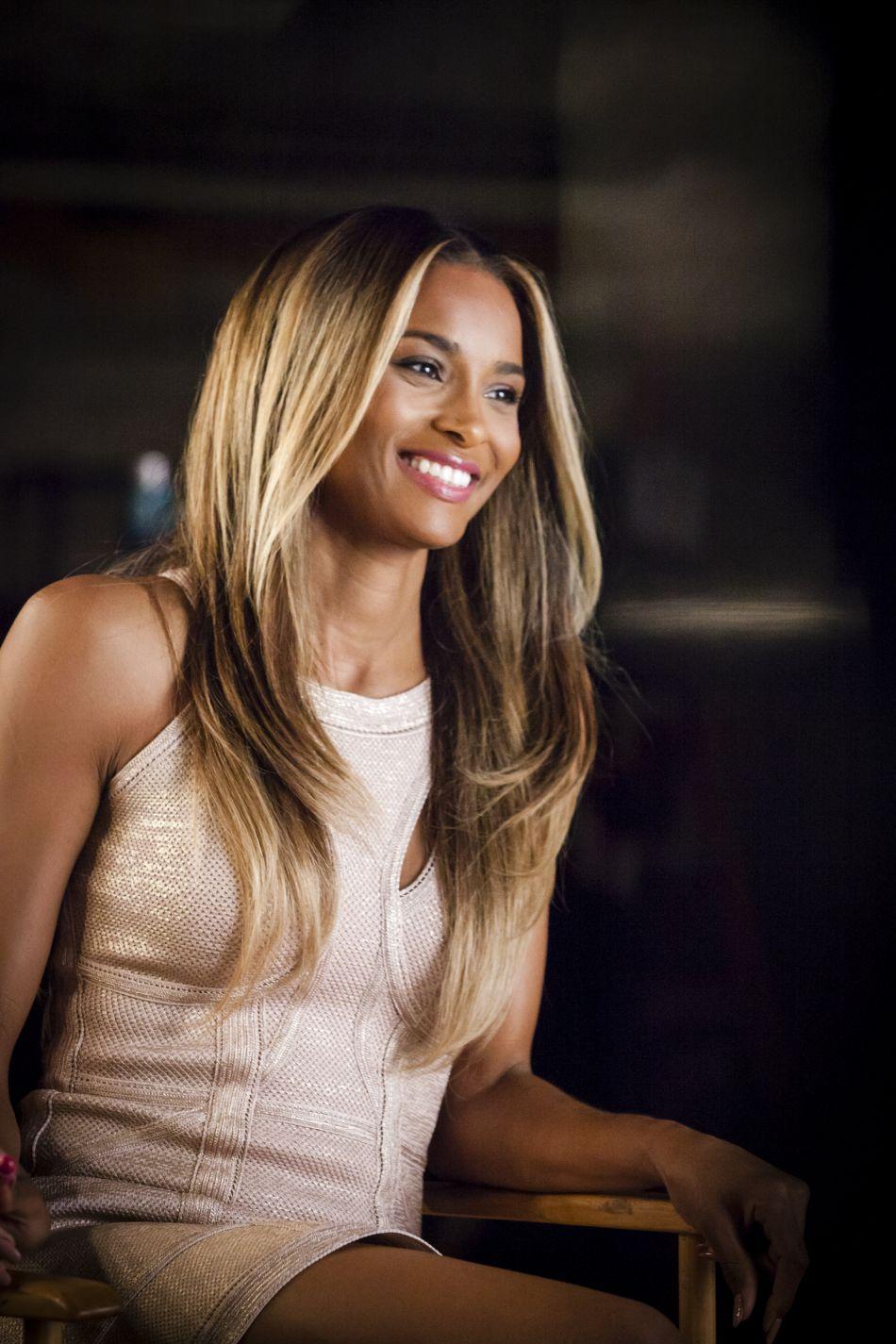 Le beauty look de la chanteuse Ciara est toujours au top.