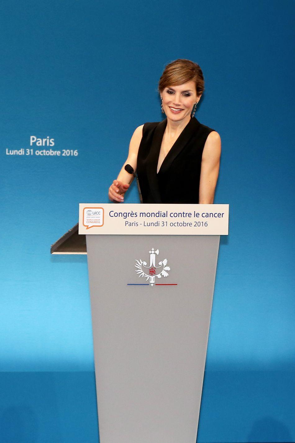 L'ancienne journaliste s'est rendue au Congrès mondial du cancer.