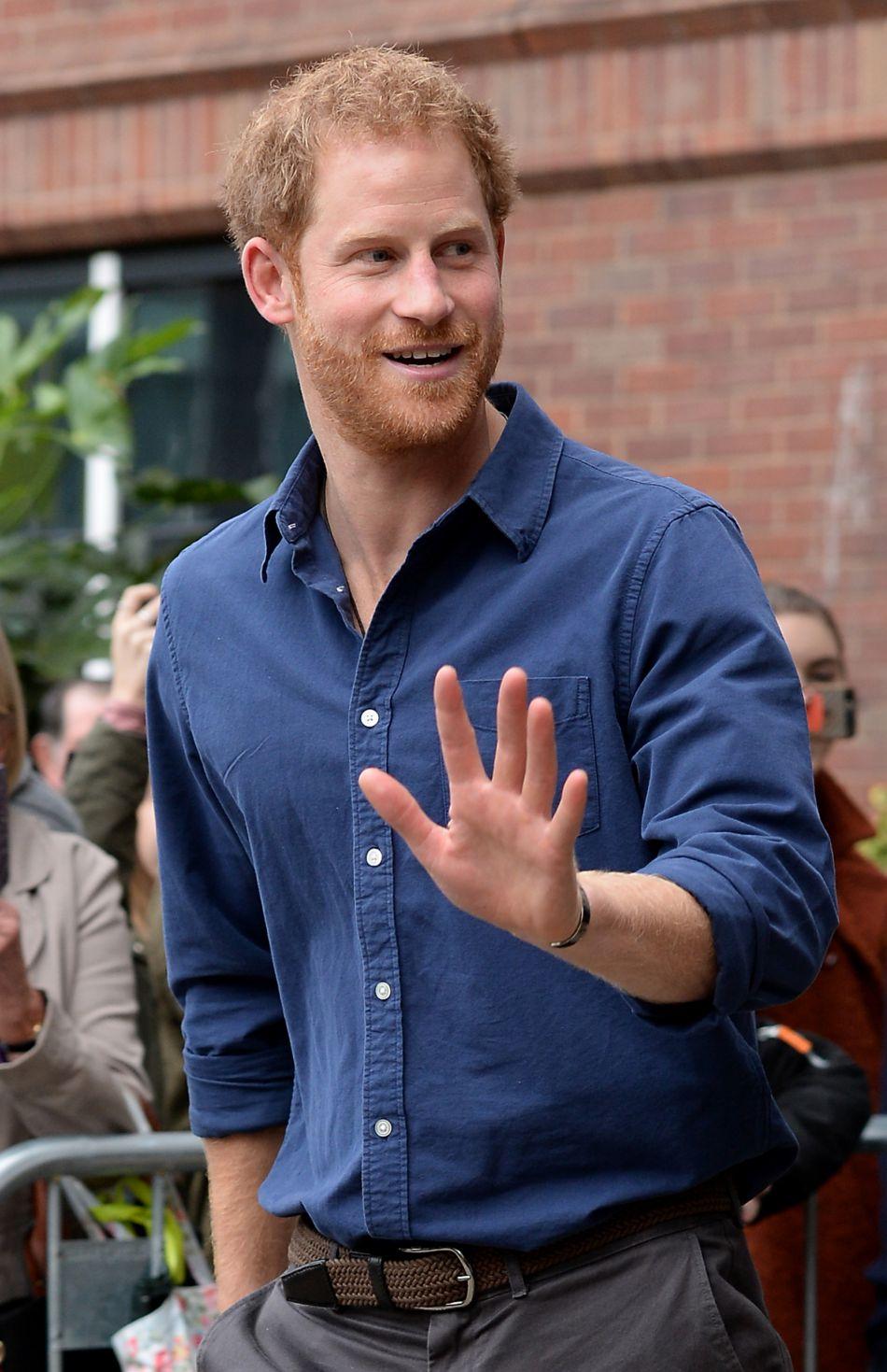 Le prince Harry aurait déjà présenté l'élue de son coeur à Kate et William.