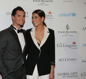 Laury Thilleman est en couple avec Juan Arbelaez.