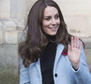 Kate Middleton : ravissante en manteau bleu à Gloucester